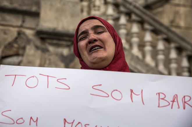 La madre de Said Aallaa, durante la concentración contra el...
