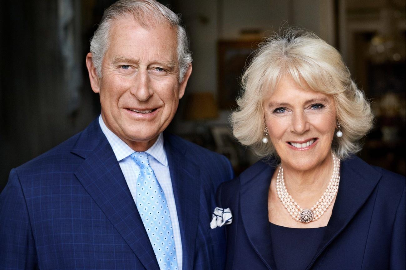 Se sabe que Diana trató de pedir consejo a otros miembros de la...