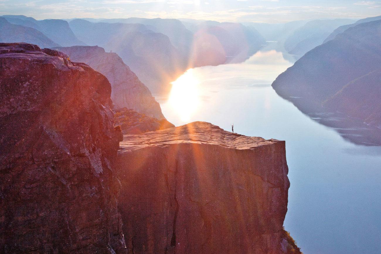 Se trata de uno de los acantilados más altos del mundo. Preikestolen...