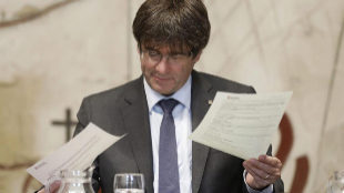 El president de la Generalitat, Carles Puigdemont, este martes durante...