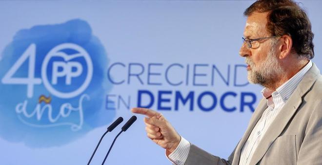 Mariano Rajoy, ayer, en Valencia, en la clausura de la...