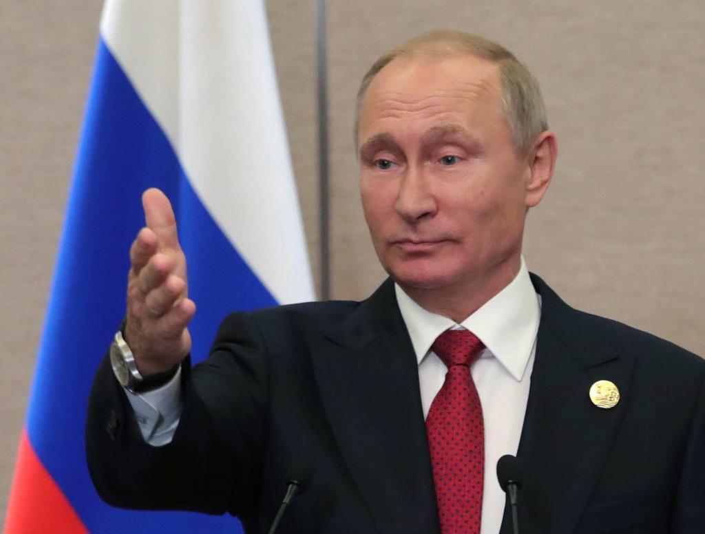 El presidente ruso Vladimir Putin ofrece una rueda de prensa en el marco de la cumbre de los países emergentes BRICS, en Xiamen.