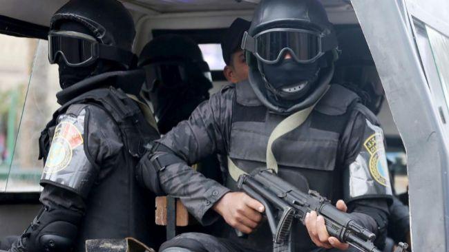 Egipto:  lo que dicen y lo que hacen el Estado y  las  fuerzas capitalistas. - Página 13 15046973196247