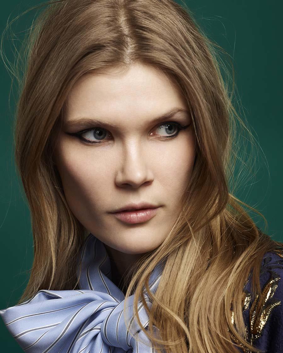 Maquillaje y peluquería: Agencia Cool