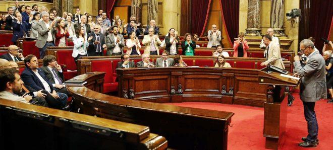 Joan Coscubiela, el pasado jueves en el Pleno del Parlament, en el que se aprobó la Ley de Transitoriedad Jurídica de Cataluña.