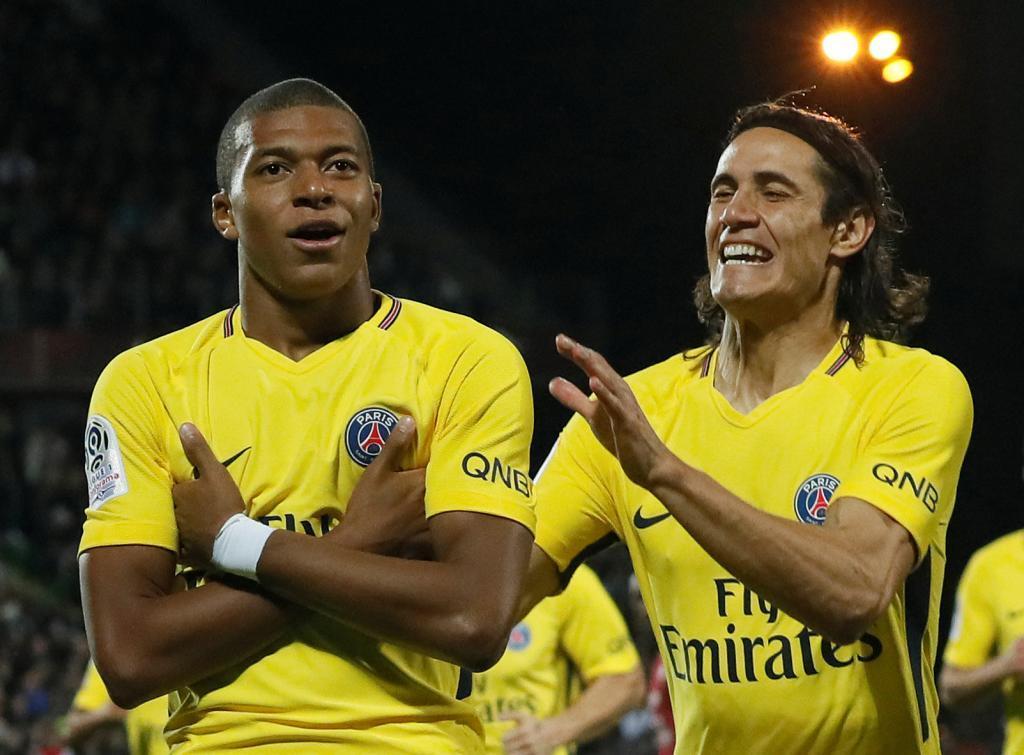 Mbappé debuta con gol en otro festival del PSG