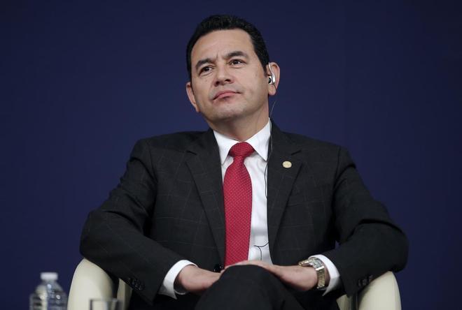 Jimmy Morales, durante en foro económico en París, en junio de 2017.