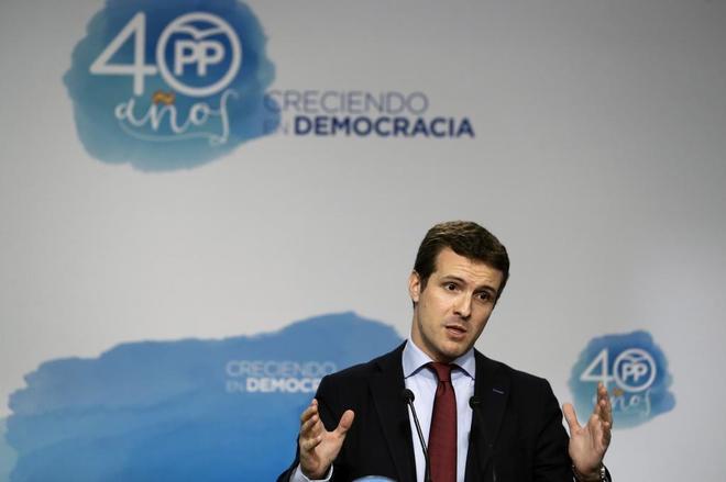 El vicesecretario general de Comunicación del Partido Popular Pablo Casado durante la rueda de prensa tras el Comité de Dirección del Partido Popular.