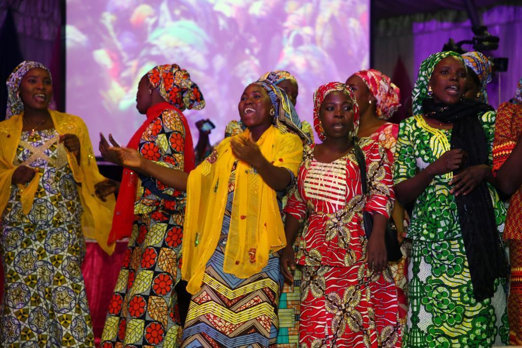 Algunas de las mujeres secuestradas por Boko Haram en la ciudad de Chibok, durante la cena organizada para ellas en Abuja.