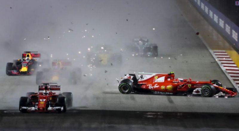 El accidente entre Max Verstappen de Red Bull Racing y Kimi Raikkonen...