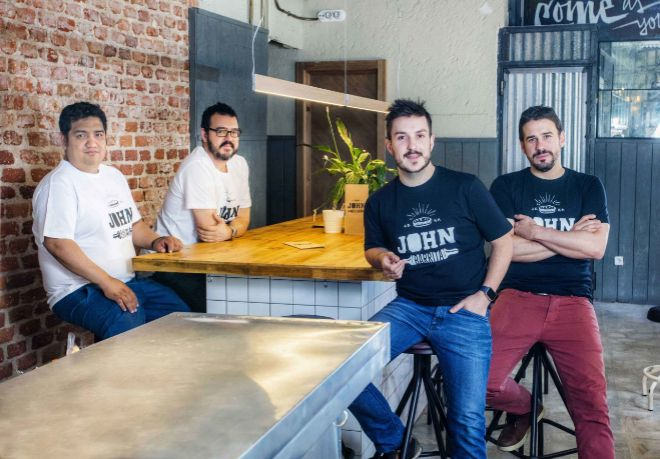 Desde la izquierda: John Torres, David de la Cal, Quike Pedraz y Javi...