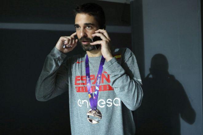 Navarro seguirá otros 10 años en el Barça