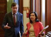 Rafael Hernando y Margarita Robles, portavoces de PP y PSOE,...