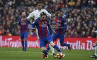 Cristiano Ronaldo y Leo Messi, durante un partido en el Bernabéu.