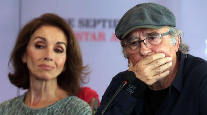 Joan Manuel Serrat, junto a Ana Belén, en la rueda de prensa.