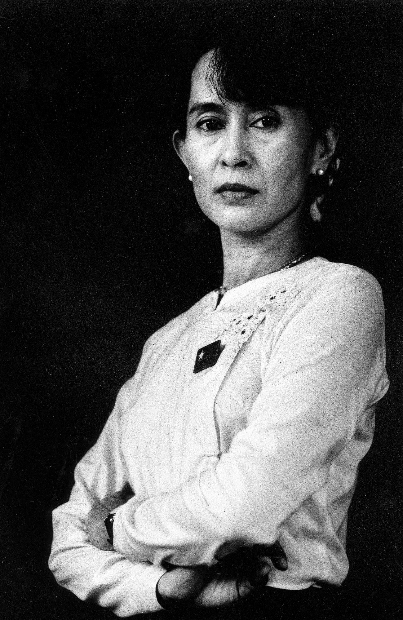 De Dama Blanca A Dama Negra De Los Rohingyas Cronica Home