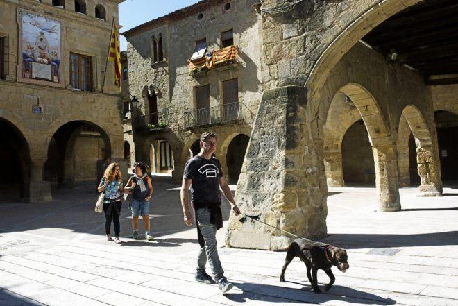 Imagen de la plaza de la Iglesia de Horta de Sant Joan, donde Picasso...