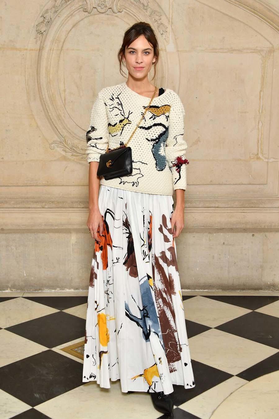 Alexa Chung en el photocall de Dior