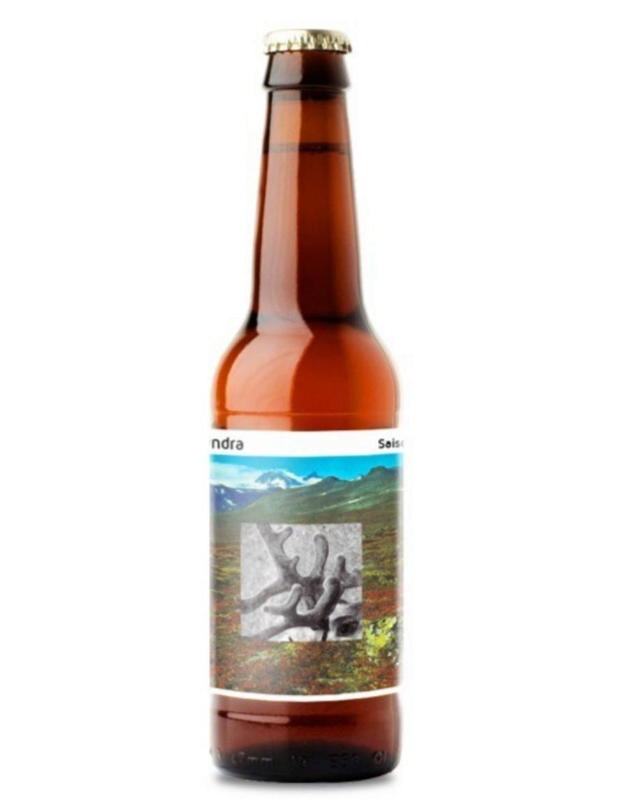 Cerveza de estilo saison con un predominante toque cítrico. De cuerpo...