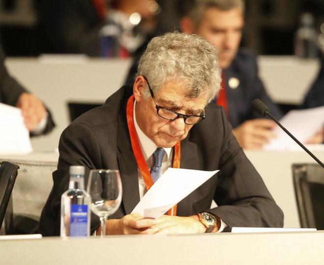 Villar, en la Asamblea de la Federación Española de Fútbol celebrada el 1 de octubre de 2016.