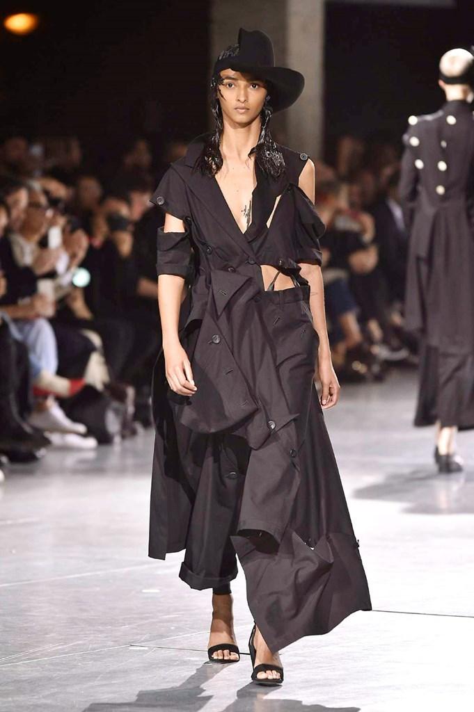 Yohji Yamamoto - Primavera-verano 2018 - Paris Fashion Week