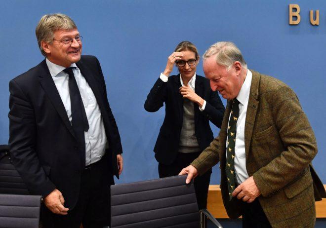 Alice Weidel y Alexander Gauland, líderes de Alternativa para Alemania, en Berlín.