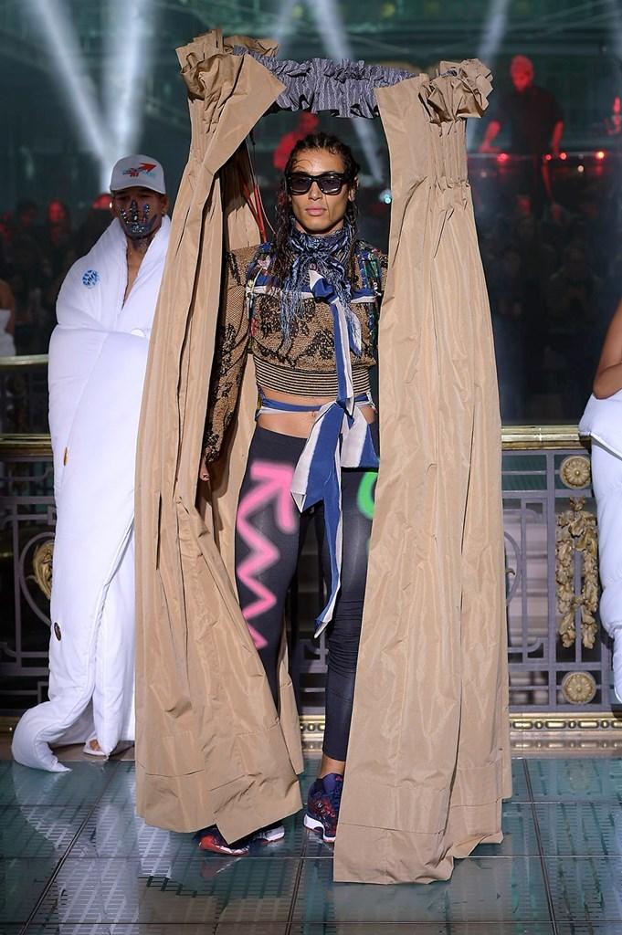 Vivienne Westwood - Primavera-verano 2018 - Paris Fashion Week