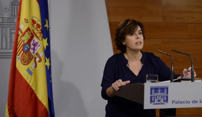 Soraya Sáenz de Santamaría, durante su comparecencia en el Palacio...