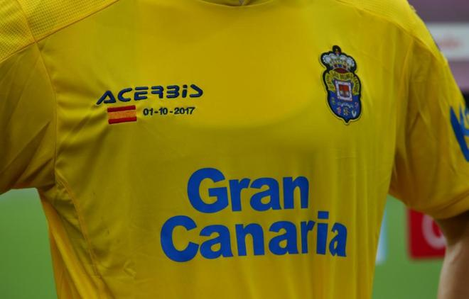 La camiseta que lució Las Palmas este domingo en el Camp Nou.