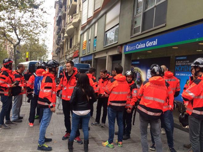 Referéndum Cataluña 1-O: Huelga en Cataluña, en vivo: Felipe VI: \