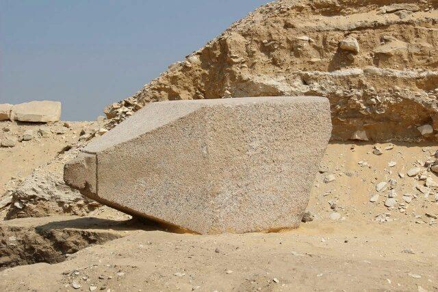ARQUEOLOGIA: Hallado el obelisco de una reina en la necrópolis egipcia de Saqqara