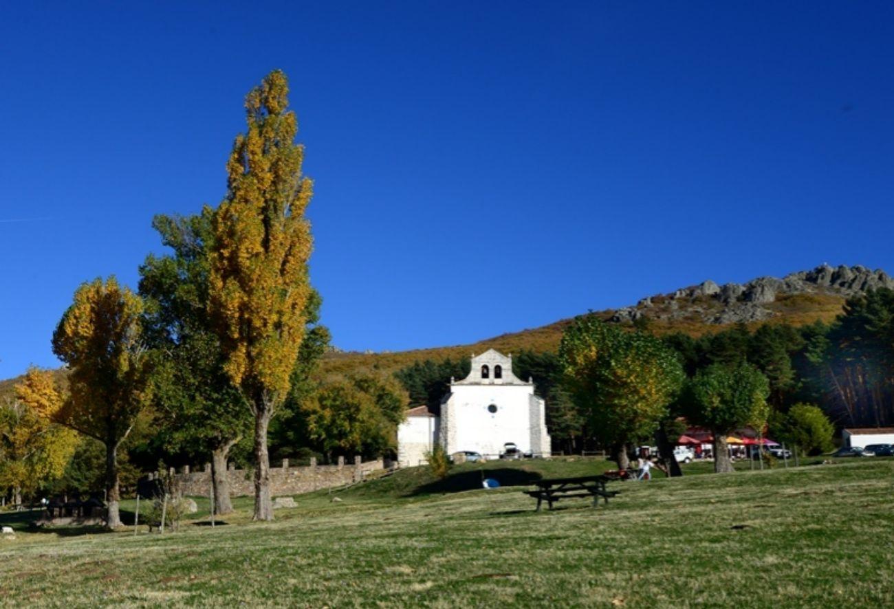 Ermita y área recreativa de Hontanares