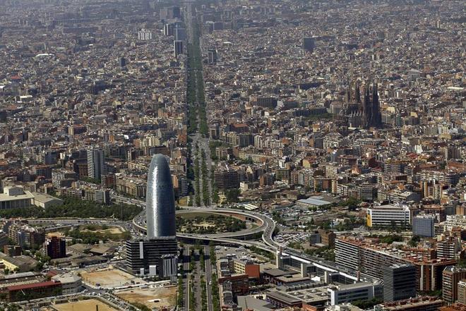 El precio de la vivienda 'rompe' por Barcelona y Madrid