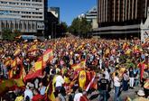 Centenares de personas han participado en la Manifestación en la...