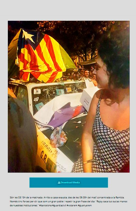 La noche del 20-S, Marta publicó esta foto sobre uno de los coches...