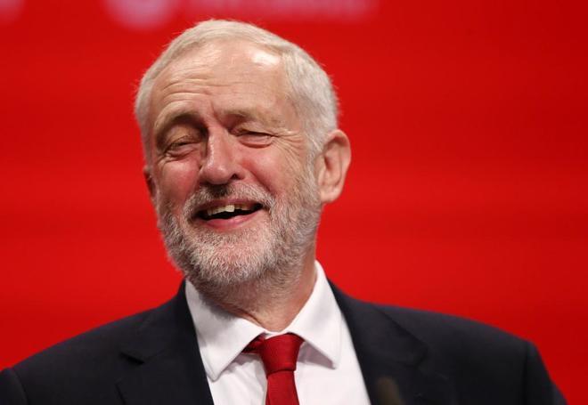 Los británicos prefieren a Corbyn como primer ministro