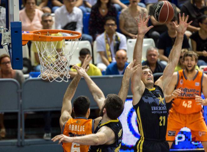 0a8bf52b0 El baloncesto