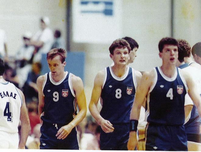 Zdocv, Paspalj y Petrovic con la selección de Yugoslavia en 1990.
