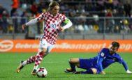 Luka Modric, durante el partido contra Finlandia en Osijek.