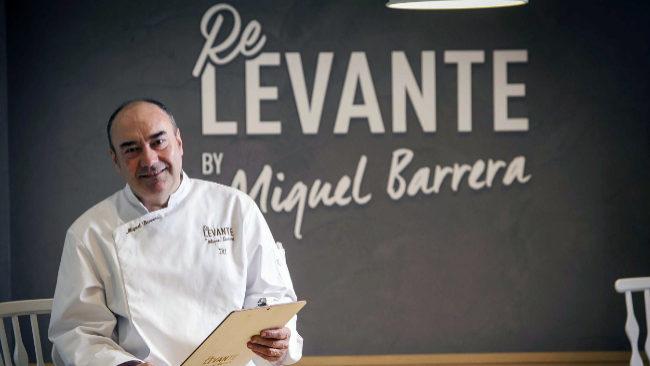 El chef Miguel Barrera en su restaurante de Castellón.