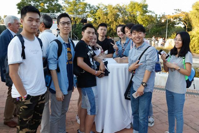 Alumnos extranjeros en el acto de bienvenida de la UMA