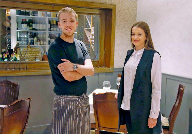 Los hermanos Membibre, Víctor (chef) y Ángela (sala y sumillería),...