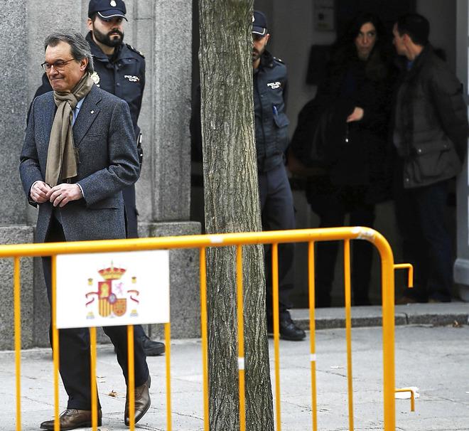 Artus Mas, en febrero de este año, a su salida del Tribunal Supremo que le juzgó por desobediencia al TC en la consulta del 9-N.