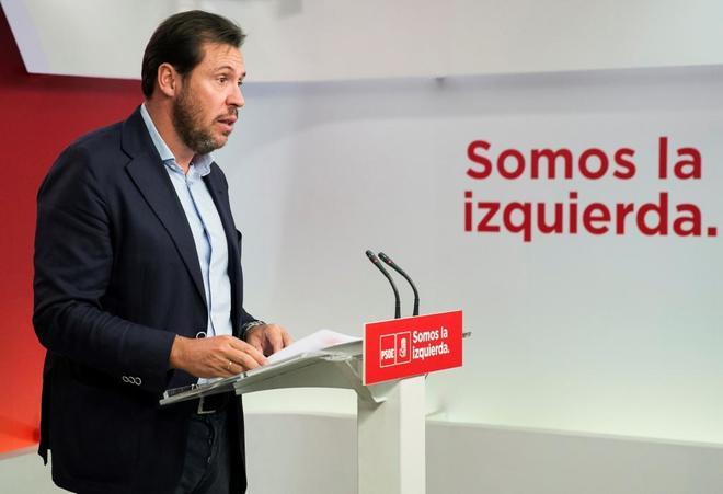 Óscar Puente, portavoz de la Ejecutiva Federal del PSOE, en rueda de...