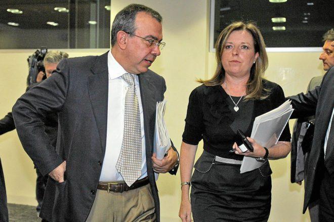 Los exdirectores generales de la CAM, Roberto López Abad y María Dolores Amorós.