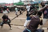 En la manifestación exigen la eliminación de los funcionarios del...