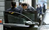 Mariano Rajoy llega ayer al Congreso de los Diputados para intervenir...