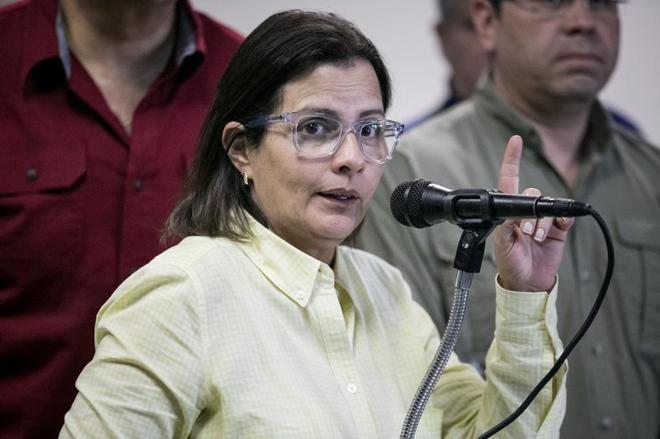 La coordinadora electoral de la Mesa de la Unidad Democrática (MUD), Liliana Hernández, en una rueda de prensa.