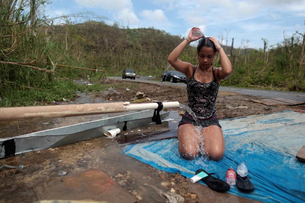 Solo el 65% de los isleños tiene acceso al agua potable, el 58% de...