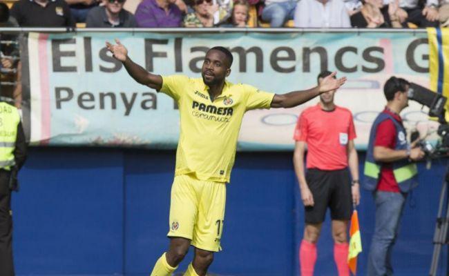 Bakambu celebra el gol con el que abrió el marcador ante Las Palmas.
